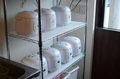炊飯器は専有部分が用意されています。(2014-09-25,共用部,KITCHEN,2F)