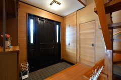 内部から見た玄関まわりの様子。(2020-03-03,周辺環境,ENTRANCE,1F)