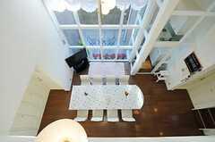 廊下から見たリビングの様子。(2012-12-10,共用部,OTHER,2F)