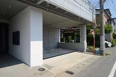 駐車場の様子。(2013-07-09,共用部,GARAGE,1F)