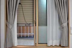 全室、雨戸が用意されています。(102号室)(2019-04-03,専有部,ROOM,1F)