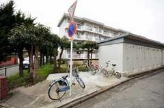 自転車置場の様子。(2009-02-26,共用部,GARAGE,1F)