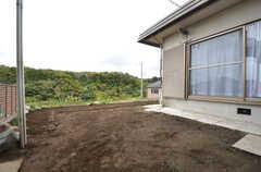 庭の様子3。(2015-11-10,共用部,OTHER,1F)