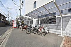 自転車置場の様子。無料で使えるシェア自転車もあります。(2017-02-06,共用部,GARAGE,1F)