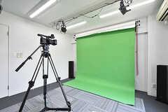 スクリーンの対面は撮影用のスペースです。(2016-08-02,共用部,OTHER,1F)