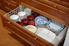 食器は引き出しに収納されています。(2017-02-06,共用部,KITCHEN,1F)