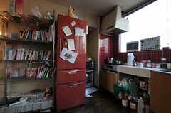 シェアハウスのキッチンの様子2。(2011-03-26,共用部,KITCHEN,3F)