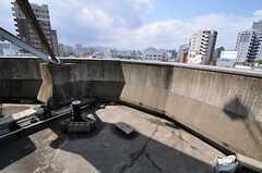 屋上には喫煙所もあります。(2011-03-26,共用部,OTHER,5F)
