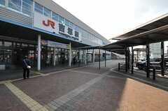 JR鹿児島本線・吉塚駅の様子。(2011-03-26,共用部,ENVIRONMENT,1F)