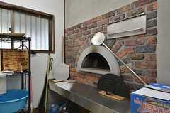 ピザ窯があります。(2015-11-05,共用部,OTHER,1F)