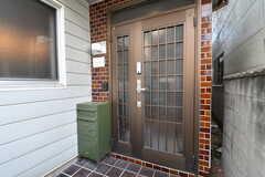 シェアハウスの玄関。(2019-10-15,周辺環境,ENTRANCE,1F)