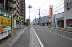 西鉄天神大牟田線・井尻駅からシェアハウスへ向かう道の様子。(2012-03-16,共用部,ENVIRONMENT,1F)