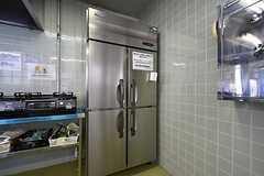 冷蔵庫は業務用です。(2016-06-06,共用部,KITCHEN,1F)