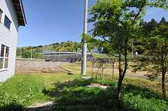 建物裏の畑。(2013-05-17,共用部,OTHER,1F)