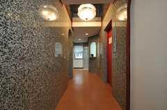 正面玄関から見た内部の様子。(2011-05-11,周辺環境,ENTRANCE,1F)