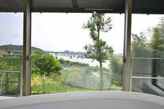 バスタブから見た景色。優雅です。(2017-04-25,共用部,BATH,1F)