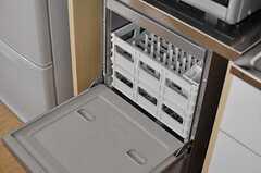 食器洗浄機も用意されています。(2012-09-02,共用部,KITCHEN,2F)