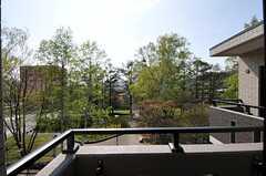 ベランダから見た景色。(402号室)(2012-05-10,専有部,ROOM,4F)