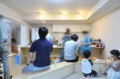 ご近所に住むご家族も参加。(2012-09-02,共用部,PARTY,2F)