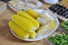 北海道ではとうもろこしと呼ばず、「とうきび」がスタンダート。(2012-09-02,共用部,PARTY,2F)