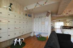 部屋ごとに使えるロッカーがあります。(2013-08-27,共用部,OTHER,1F)