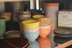 食器類は作業台の下に収納されています。(2013-08-27,共用部,KITCHEN,1F)
