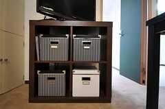 部屋ごとに分けられた食材などを置くスペース。(2011-03-12,共用部,KITCHEN,1F)