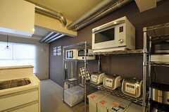 キッチン家電の様子2。(2012-02-21,共用部,KITCHEN,1F)