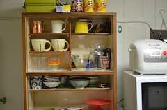 食器棚の様子。(2012-10-03,共用部,KITCHEN,1F)