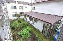 窓からの景色。(202号室)(2012-10-03,専有部,ROOM,2F)