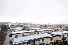 窓からの景色。※ぜひ、晴れた日を想像していただきたい。(201号室)(2012-03-23,専有部,ROOM,5F)