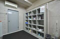 洗剤などを置いておける収納棚。(2015-09-01,共用部,OTHER,1F)