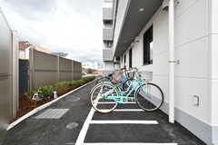 自転車置き場の様子。先着順です。(2019-10-08,共用部,GARAGE,1F)