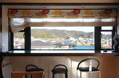 ダイニングの窓からの景色。(2014-02-04,共用部,LIVINGROOM,2F)