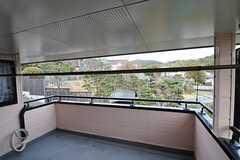 ランドリールームから見た物干し場。(2014-02-04,共用部,KITCHEN,2F)