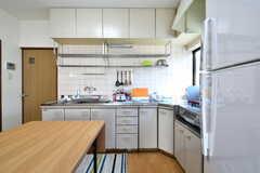 キッチンの様子。(2018-01-24,共用部,KITCHEN,1F)