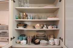 食器棚の様子。(2012-07-14,共用部,KITCHEN,2F)