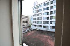 窓から見た外の景色。(302号室)(2015-10-20,専有部,ROOM,3F)