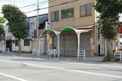 最寄りのバス停「石井橋」の様子2。(2017-10-11,共用部,ENVIRONMENT,1F)