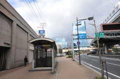各線・神戸駅の様子。(2012-11-27,共用部,ENVIRONMENT,2F)