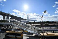 山陰本線・舞子駅からは淡路島が見えます。(2017-01-16,共用部,ENVIRONMENT,1F)