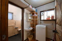 バスルームの脱衣室の様子。(2017-09-14,共用部,BATH,1F)
