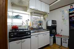 キッチンの様子。(2013-03-30,共用部,KITCHEN,1F)