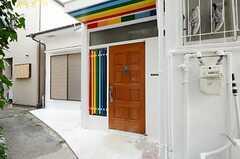 正面玄関の様子。(2013-03-30,周辺環境,ENTRANCE,1F)