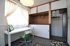 収納の様子。(101号室)(2013-08-02,専有部,ROOM,2F)