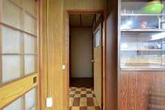 突きあたり右手が101号室です。(2016-03-09,共用部,OTHER,1F)