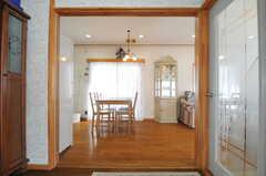 正面玄関から見た内部の様子。(2013-03-23,周辺環境,ENTRANCE,1F)