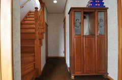 廊下を抜けて右手に水まわり設備があります。(2013-03-23,共用部,OTHER,1F)