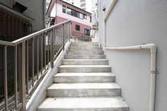 外階段の様子。(2016-05-24,共用部,OTHER,)