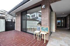 シェアハウスに併設しているカフェの外観。(2017-02-07,共用部,OTHER,1F)